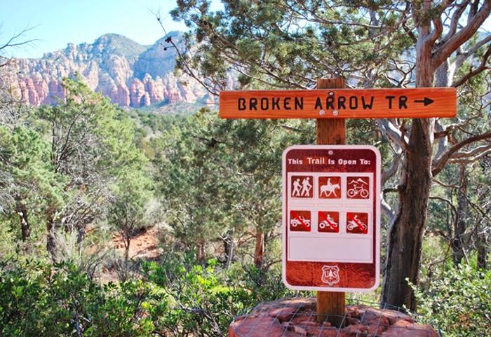 Hiking Broken Arrow Trail