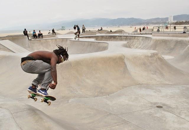 The Venice Beach Boardwalk & Skate Park | Em Busy Living