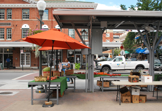 The Historic Roanoke City Market, Roanoke, Virginia | Em Busy Living